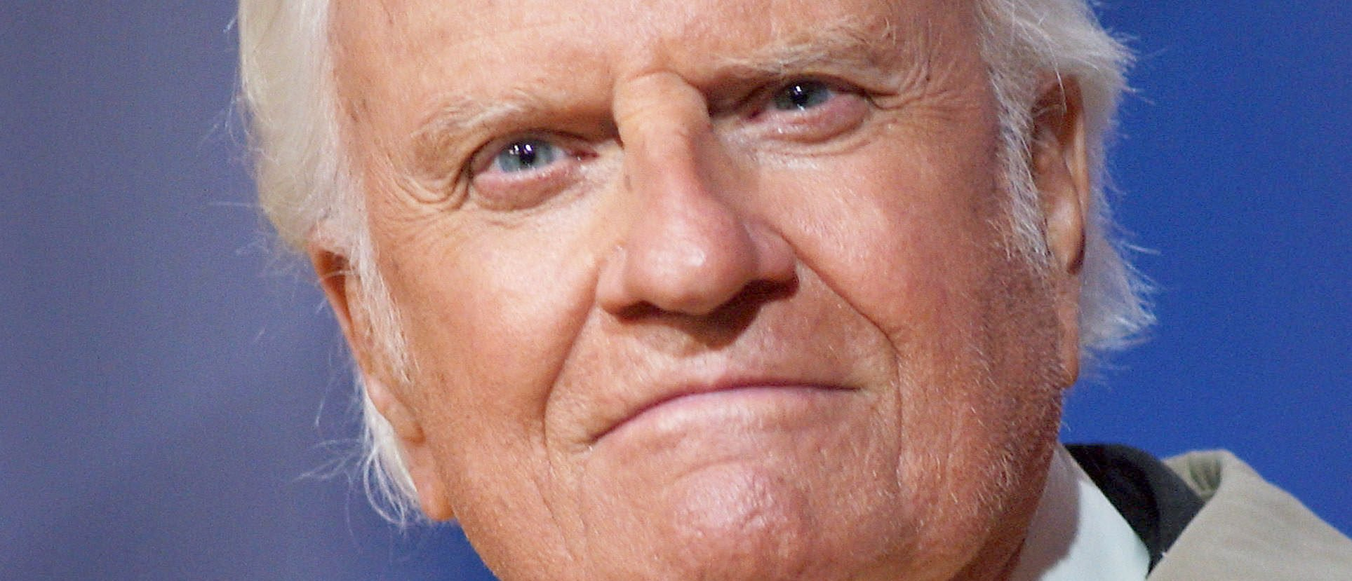 FILE -- America's best known evangelist, 84-year-old Billy Graham, makes his last mission to California on May 8, 2003 to San Diego, California. (Photo by David McNew/Getty Images)