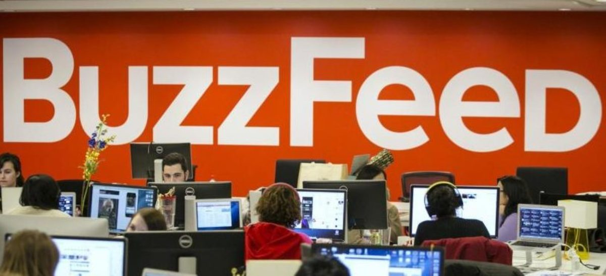 Buzzfeed employees work at the company's headquarters in New York January 9, 2014. Picture taken January 9, 2014. REUTERS/Brendan McDermid