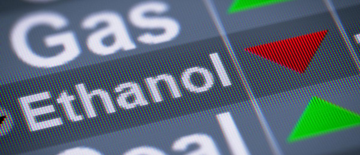 Ethanol down. (Shutterstock/Pavel Ignatov)