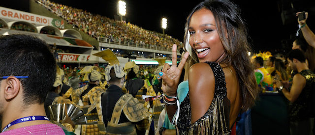 "The American beauty looked like she was having the time of her life as she watched the world famous display of the samba schools at Rio de Janeiro's Sambadrome from a prime viewing spot, the exclusive ""No.1"" box. She was earlier seen on the floor with her model friends. Pictured: Jasmine Tookes Ref: SPL1650717 120218 Picture by: Leo Marinho / Splash News"