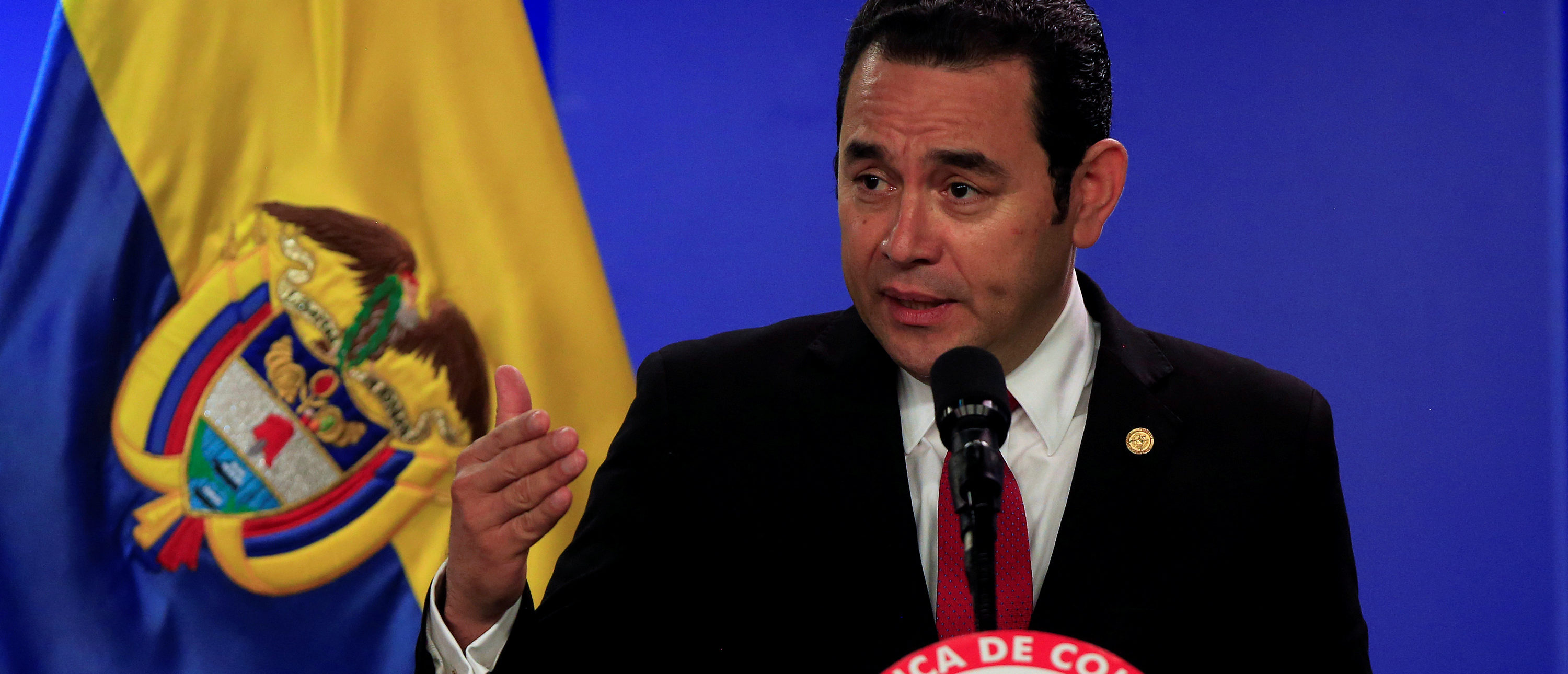 Guatemala's President Jimmy Morales speaks during a news conference in Bogota, Colombia February 23, 2018. REUTERS/Jaime Saldarriaga - RC154D49B280