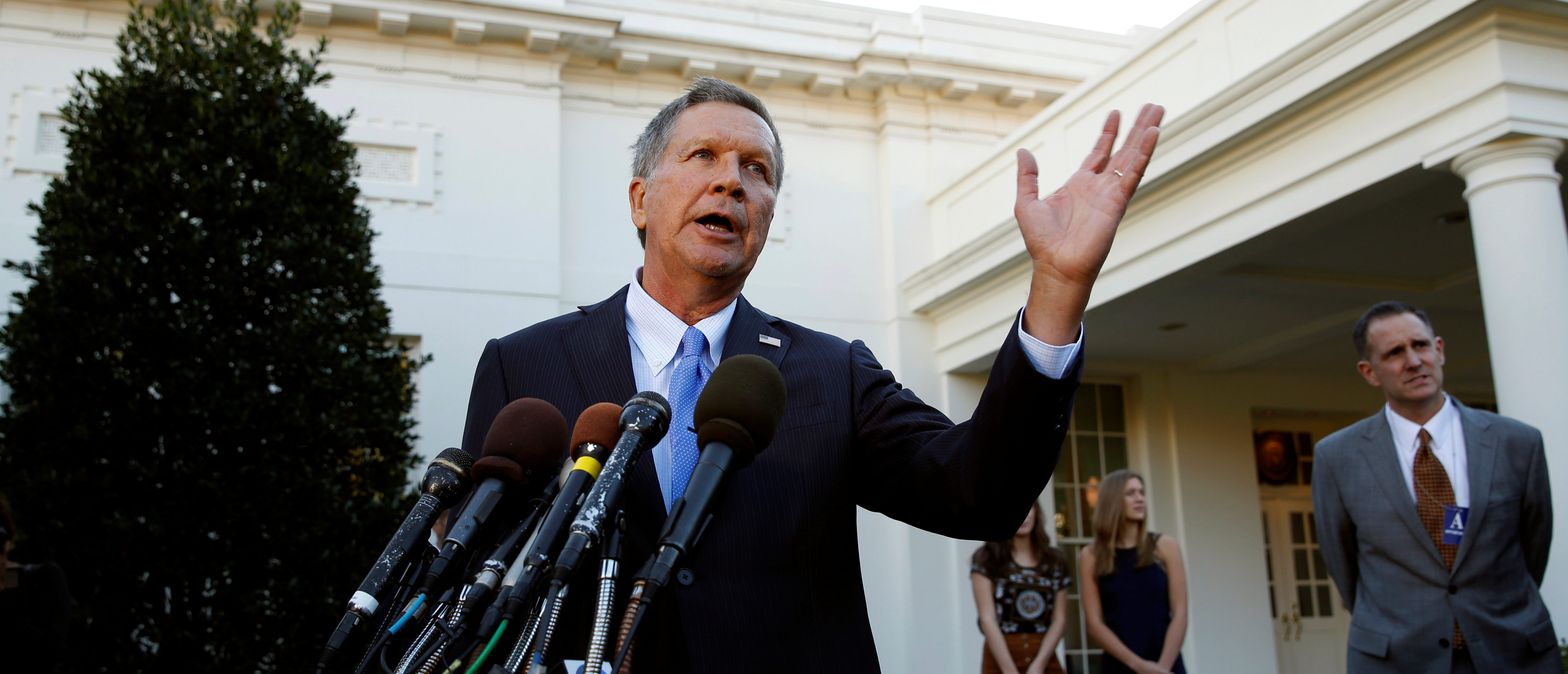Ohio Governor and former presidential candidate John Kasich speaks to reporters after an event honoring the Cleveland Cavaliers, the 2016 NBA championship team, at the White House in Washington November 10, 2016. REUTERS/Kevin Lamarque - S1AEUMCAGUAB