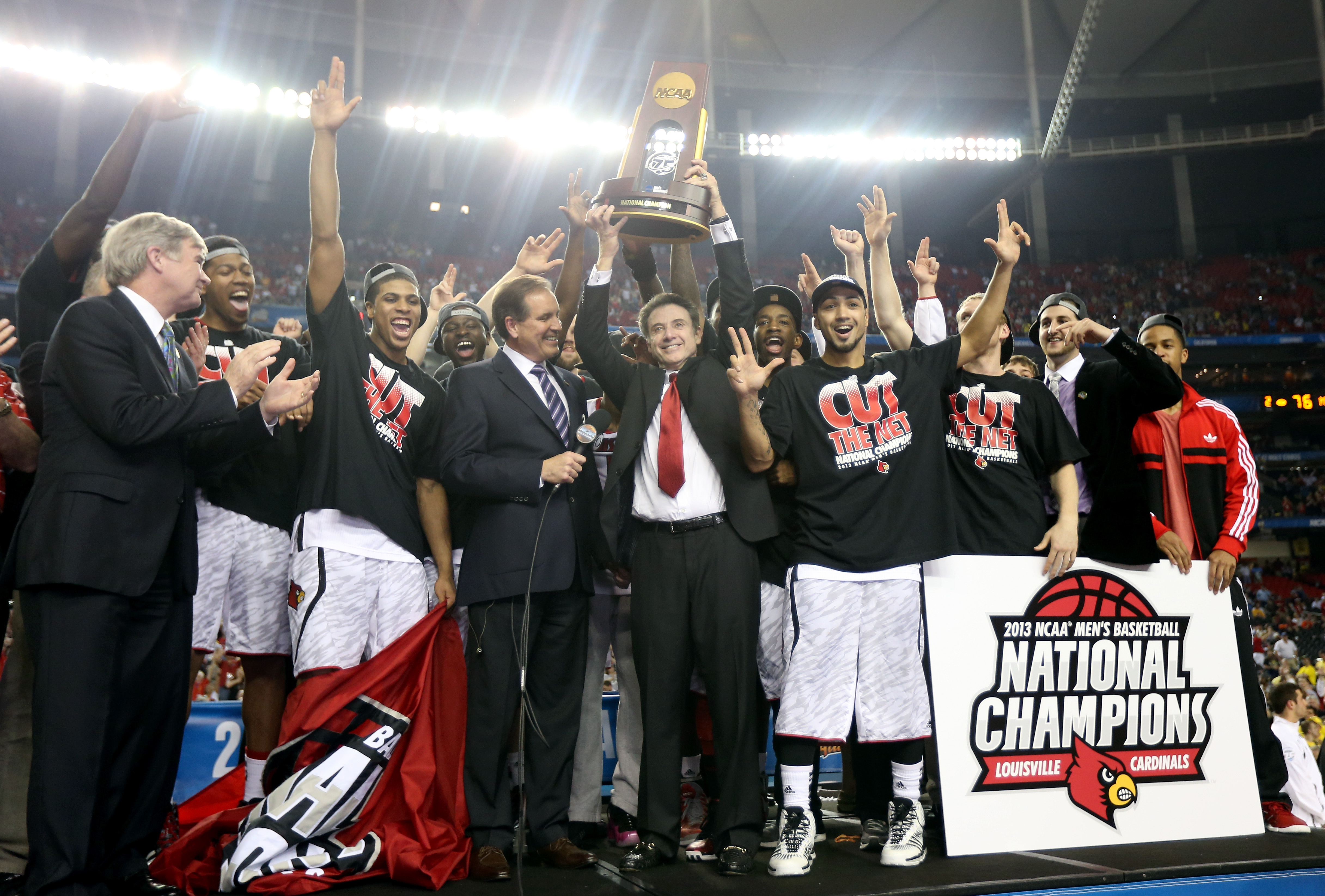 Louisville Must Forfeit Basketball Championship Over Sex Scandal