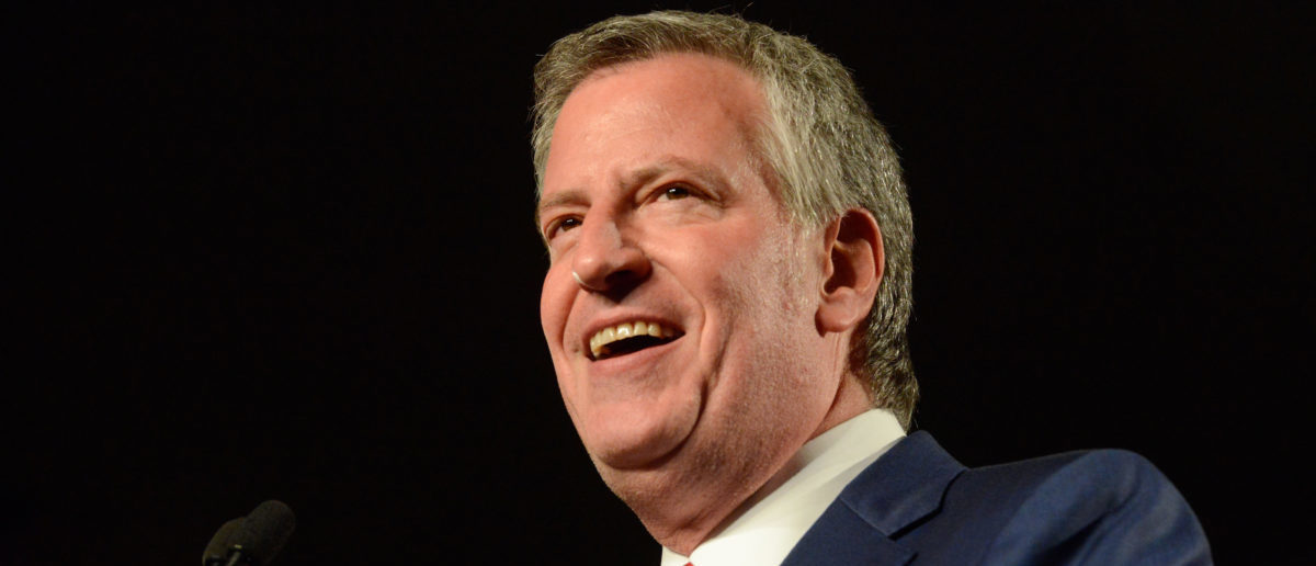 New York Mayor Bill de Blasio addresses his supporters after his re-election in New York City, U.S. November 7, 2017. Photo: REUTERS/Stephanie Keith