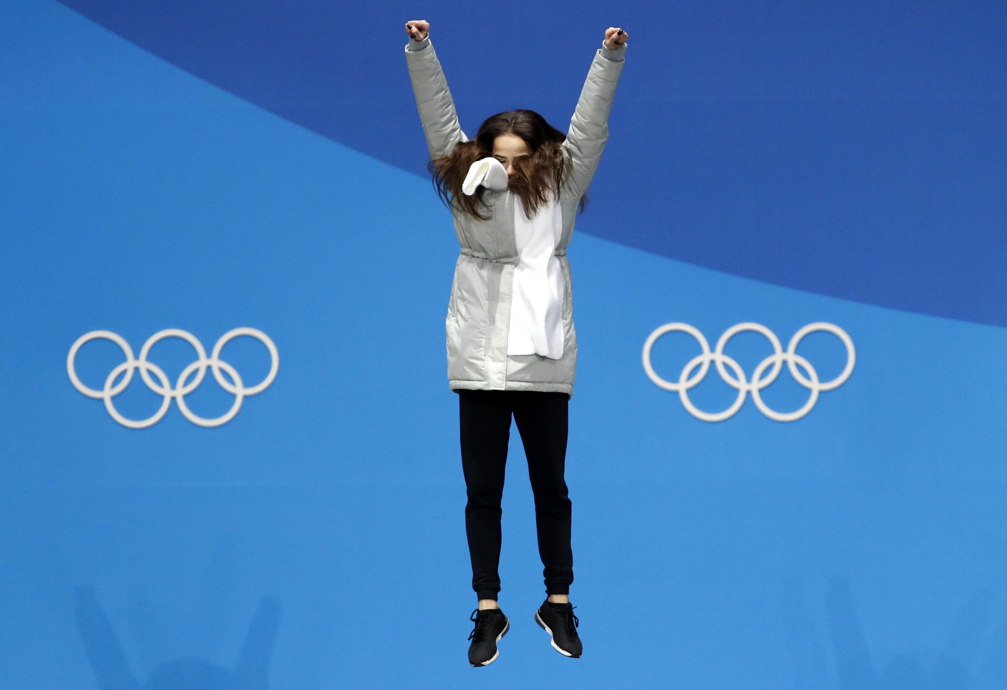 Alina Zagitova Outduels Evgenia Medvedeva for Gold in Figure Skating