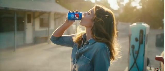 Cindy Crawford Pepsi (Photo: YouTube Screenshot)