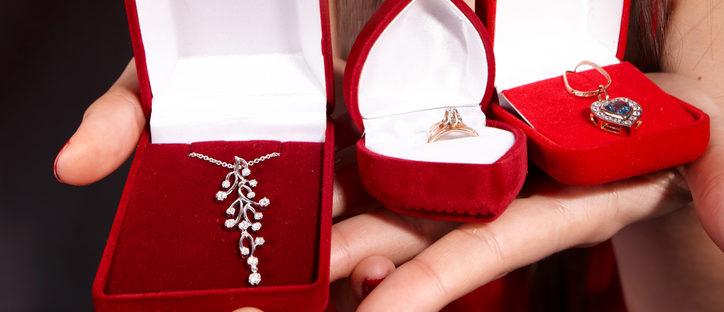 Valentine's Day jewelry (Photo via Shutterstock)