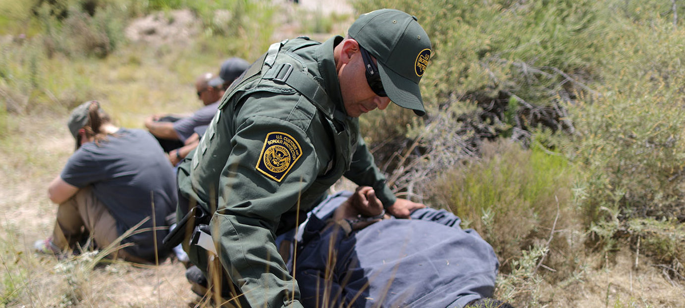 Border patrol agents demonstrate a training exercise with actors playing the roles of migrants at the United States Border Patrol Academy in Artesia, New Mexico, U.S., June 8, 2017. REUTERS/Lucy Nicholson
