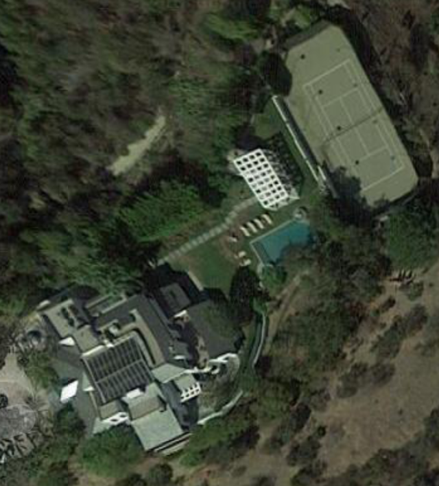 David Sackler's $22.5 million mansion. (Google Earth/Screenshot)