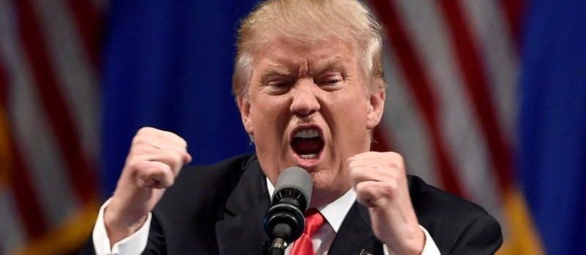 Republican U.S. presidential candidate Donald Trump speaks during a campaign rally at the Treasure Island Hotel & Casino in Las Vegas, Nevada June 18, 2016. REUTERS/David Becker/Files