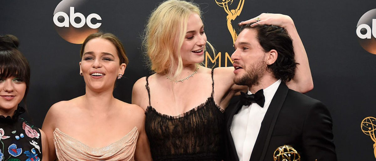LOS ANGELES, CA - SEPTEMBER 18: (L-R) Actors Maisie Williams, Emilia Clarke, Sophie Turner and Kit Harington, winners of Best Drama Series for 'Game of Thrones', pose in the press room during the 68th Annual Primetime Emmy Awards at Microsoft Theater on September 18, 2016 in Los Angeles, California. (Photo by Frazer Harrison/Getty Images)