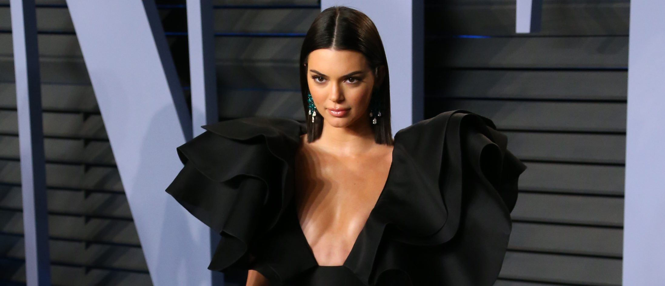 Kendall Jenner attends the 2018 Vanity Fair Oscar Party following the 90th Academy Awards at The Wallis Annenberg Center for the Performing Arts in Beverly Hills, California, on March 4, 2018. (Photo: JEAN-BAPTISTE LACROIX/AFP/Getty Images)