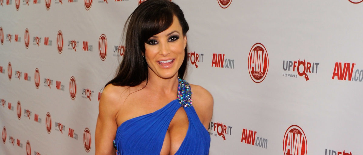 Adult Film Star Lisa Ann Is Not A Fan Of The Kc Royals -7739