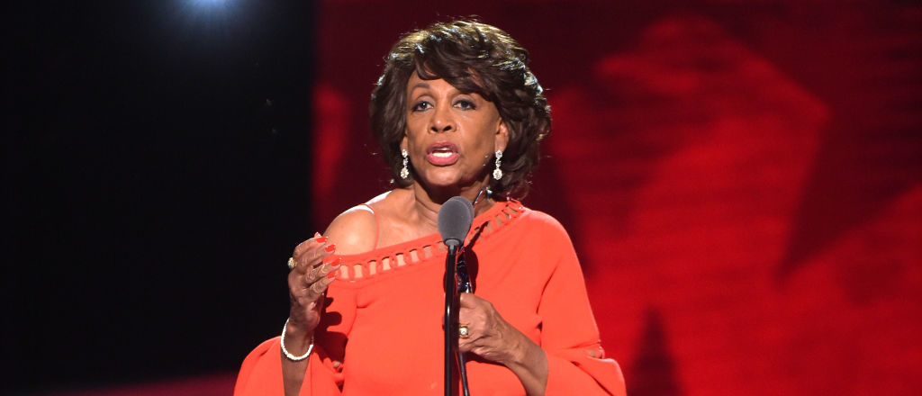 Honoree Congresswoman Maxine Waters accepts her award onstage during Black Girls Rock! 2017 at NJPAC on August 5, 2017 in Newark, New Jersey. (Photo by Jason Kempin/Getty Images for BET)