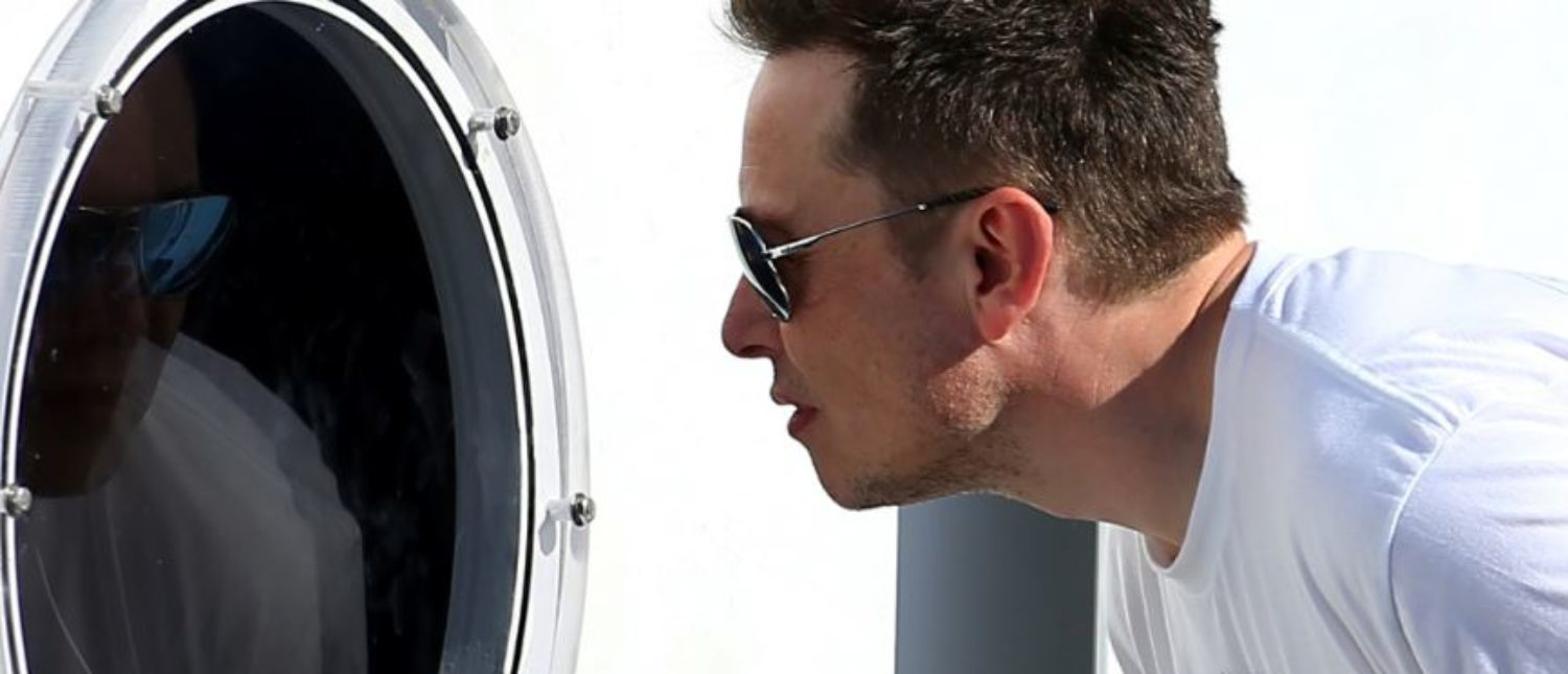 Elon Musk, founder, CEO and lead designer at SpaceX and co-founder of Tesla, checks out the SpaceX Hyperloop Pod Competition II in Hawthorne, California, U.S., August 27, 2017. REUTERS/Mike Blake | Analysts Brutalize Cash-Strapped Tesla