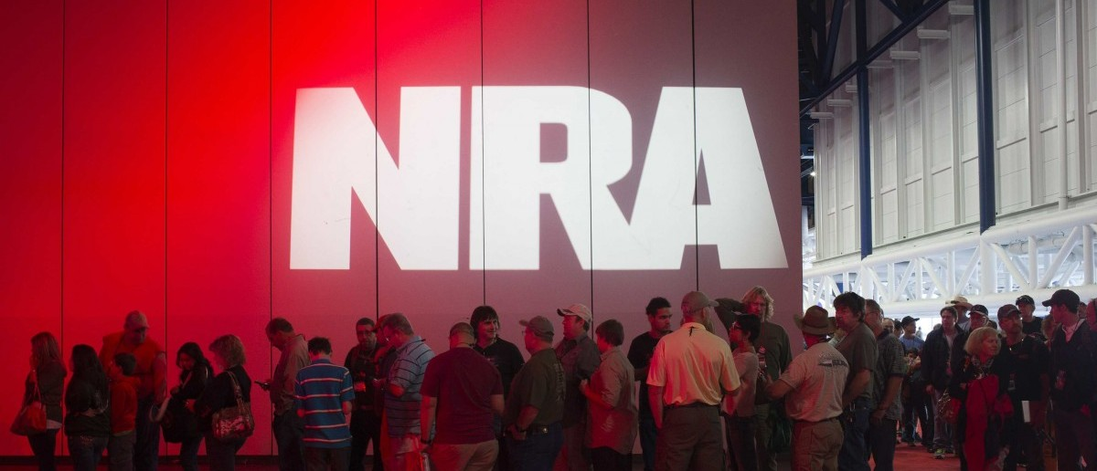 Attendees line-up to meet musician Ted Nugent (not pictured) at a book signing event during the National Rifle Association's annual meeting in Houston, Texas on May 5, 2013. (REUTERS/Adrees Latif) | NRA: Review Found No Russian Funding