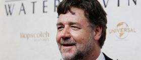 Big Shoutout To Russel Crowe For Hosting His Own 'Divorce Auction'