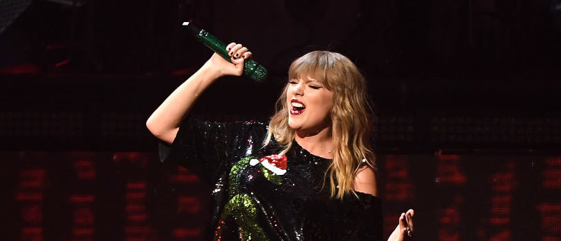 Taylor Swift performs at the Z100's iHeartRadio Jingle Ball 2017 at Madison Square Garden on December 7, 2017 in New York. (Photo: ANGELA WEISS/AFP/Getty Images)