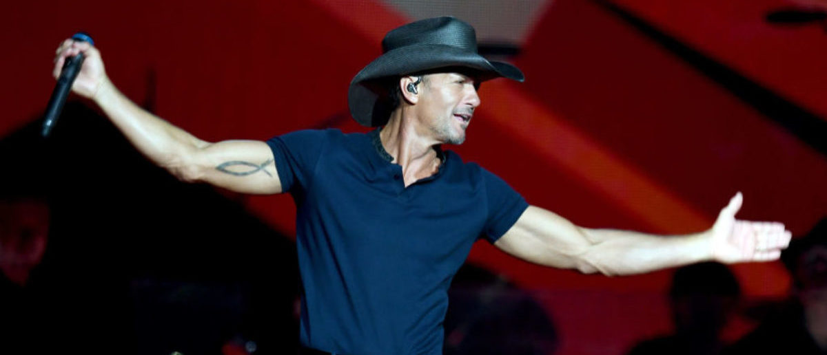 "LOS ANGELES, CA - JULY 14:  Tim McGraw performs onstage during the ""Soul2Soul"" World Tour at Staples Center on July 14, 2017 in Los Angeles, California.  (Photo by Kevin Winter/Getty Images)"