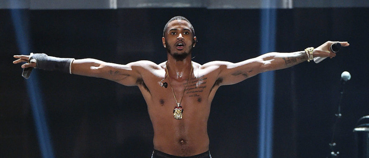LAS VEGAS, NV - SEPTEMBER 19: Recording artist Trey Songz performs at the 2015 iHeartRadio Music Festival at MGM Grand Garden Arena on September 19, 2015 in Las Vegas, Nevada. (Photo by Ethan Miller/Getty Images for iHeartMedia)