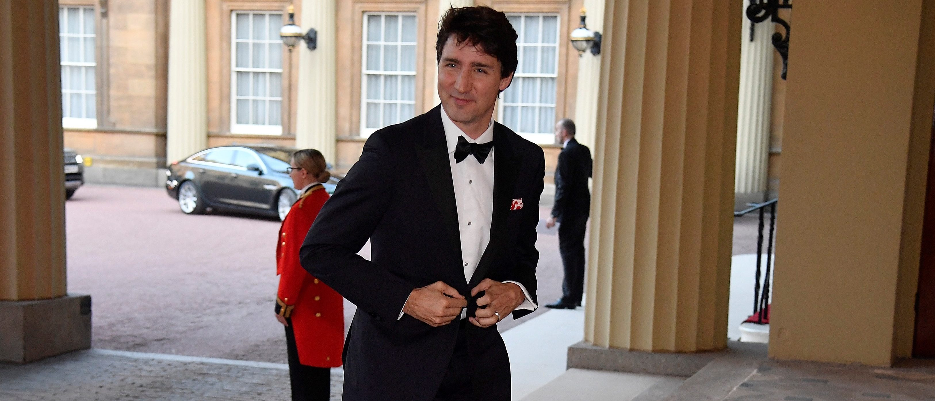 Canada's Prime Minister Justin Trudeau arrives for The Queen's Dinner during the Commonwealth Heads of Government Meeting at Buckingham Palace in London, Britain, April 19, 2018. REUTERS/Toby Melville/Pool