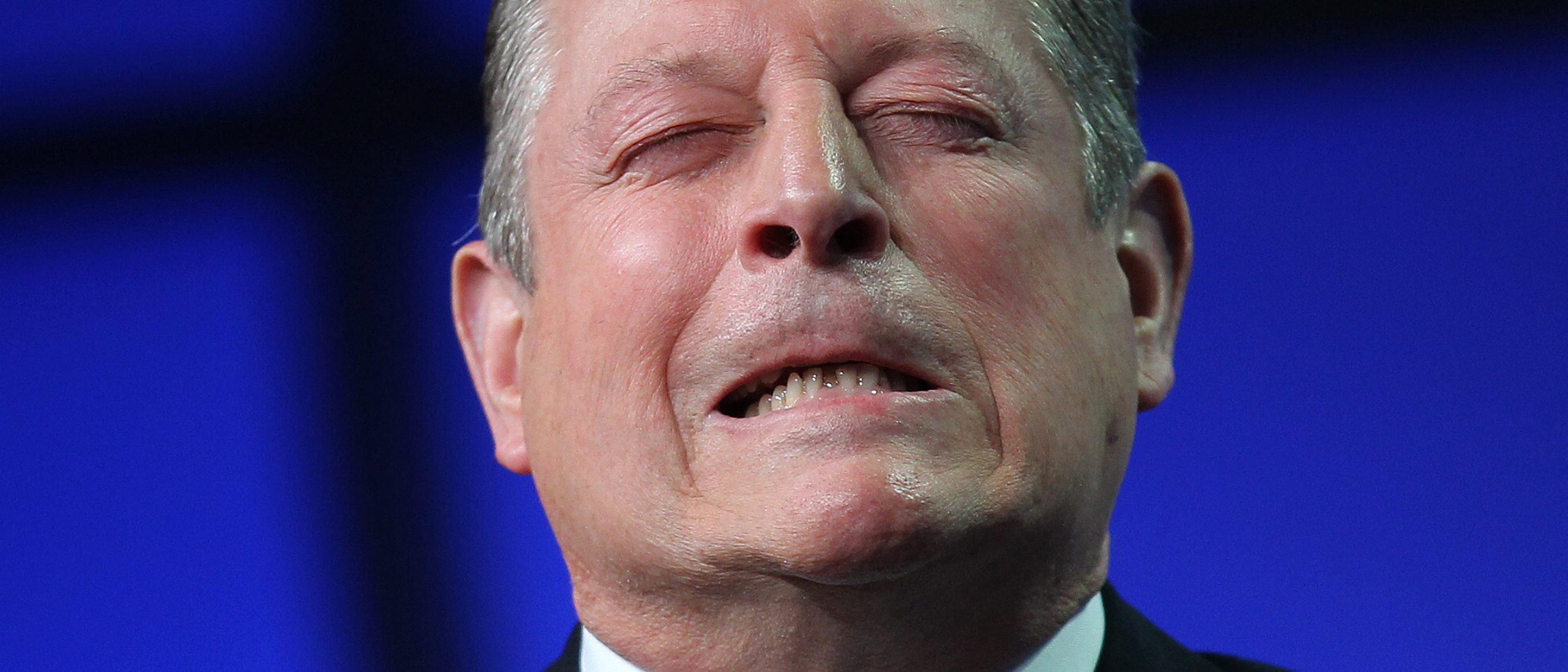 Former U.S. Vice President Al Gore emphasizes a point as he speaks at the Milken Institute Global Conference in Beverly Hills, California April 30, 2013. REUTERS/David Ncnew