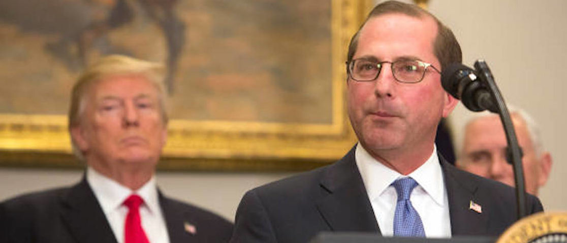 WASHINGTON, DC - JANUARY 29: (AFP-OUT) Alex Azar, new Secretary of the Department of Health and Human Services, speaks after being sworn in as President Donald J. Trump looks on January 29, 2018 at The White House in Washington, DC. (Photo by Chris Kleponis-Pool/Getty Images)