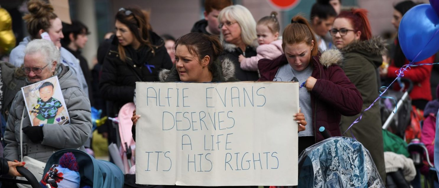 Alfie Evans, who is 22 months old, has a rare degenerative neurological condition which has not been definitively diagnosed. His parents, Tom Evans and Kate James, have fought a legal battle to stop the Alder Hey Children's Hospital in Liverpool, northwest England, from turning off his ventilator -- which would quickly end his life. Doctors at Alder Hey have said life-support treatment should stop because further treatment was futile. This was accepted by Britain's High Court and upheld in the Court of Appeal and then in the Supreme Court -- the ultimate court in Britain.  / AFP PHOTO / Paul ELLIS   ( PAUL ELLIS/AFP/Getty Images)