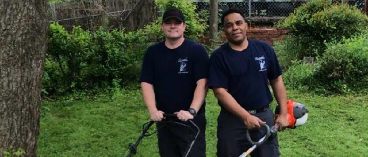 Two fireman from Alabama did a kind deed for an elderly veteran Saturday, when they mowed his lawn after he was rushed to the hospital for chest pains. (Screenshot/Birmingham Fire And Rescue Services/Facebook Page/4-14-18)