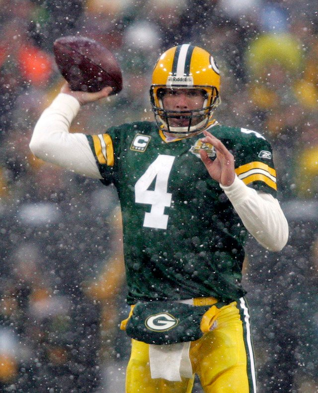 Brett Favre auditioned for 'Monday Night Football,' was reportedly unimpressive