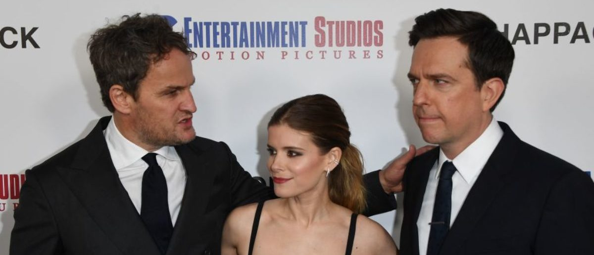 (L-R): Actors Jason Clarke, Kate Mara and Ed Helms arrive on the red carpet for the premiere of 'Chappaquiddick' at the Samuel Goldwyn Theater in Beverly Hills, California on March 28, 2018. / AFP PHOTO / Mark Ralston (Photo credit should read MARK RALSTON/AFP/Getty Images)