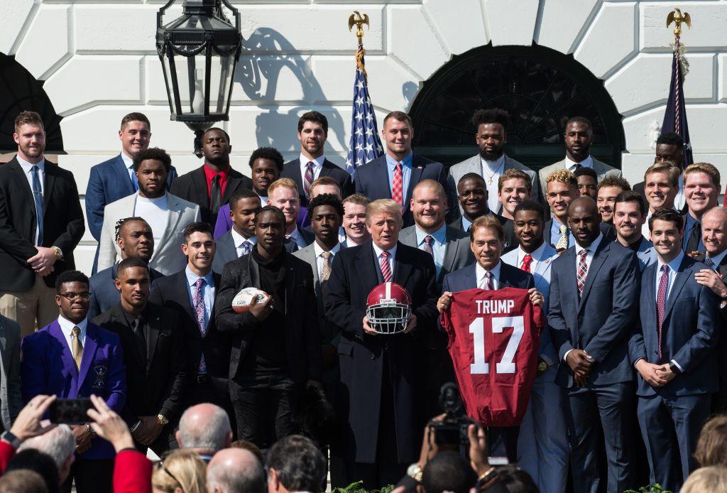 Trump welcomes Alabama football