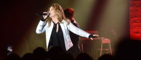 ORLANDO, FL - OCTOBER 05:  Shania Twain performs at a dinner party hosted by iHeartMedia during the ANA Masters of Marketing annual conference on October 5, 2017 in Orlando, Florida.  (Photo by Gerardo Mora/Getty Images for iHeart)
