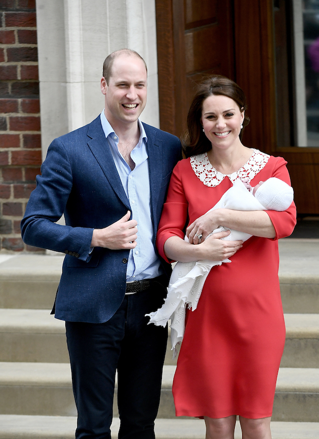 Catherine, Duchess of Cambridge and Prince William, Duke of Cambridge, depart the Lindo Wing with their newborn son at St Mary's Hospital on April 23, 2018 in London, England. The Duchess safely delivered a boy at 11:01 am, weighing 8lbs 7oz, who will be fifth in line to the throne.  (Photo by Gareth Cattermole/Gareth Cattermole/Getty Images)