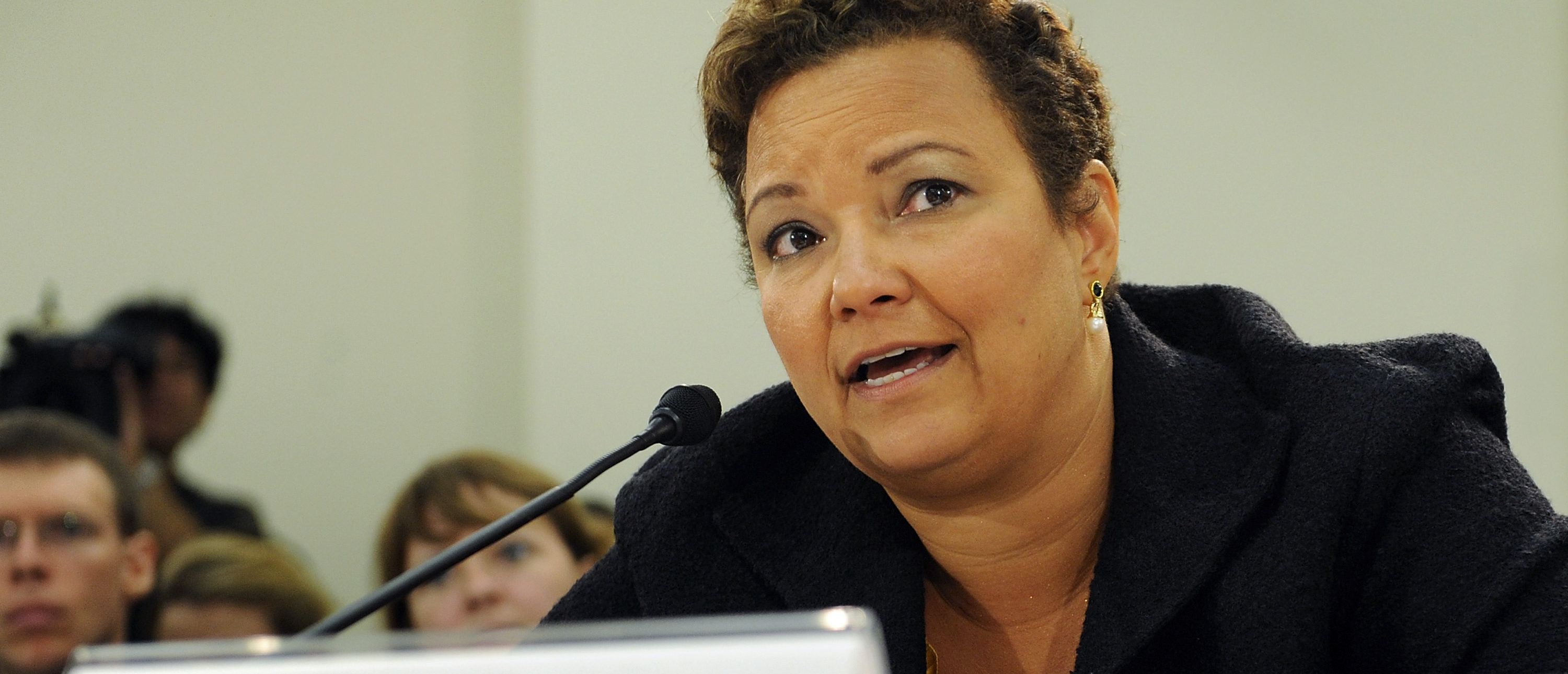 U.S. Environmental Protection Agency Administrator Lisa Jackson testifies at a hearing of the House Subcommittee on Oversight and Investigations on Capitol Hill in Washington, September 22, 2011.  REUTERS/Jonathan Ernst   (UNITED STATES | Don't Compare Pruitt To Jackson On Emails | Tags: POLITICS ENVIRONMENT
