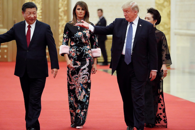 u-s-president-donald-trump-and-first-lady-melania-arrive-for-the-state-dinner-with-chinas-president-xi-jinping-and-chinas-first-lady-peng-liyuan-at-the-great-hall-of-the-people-in-beijing-4