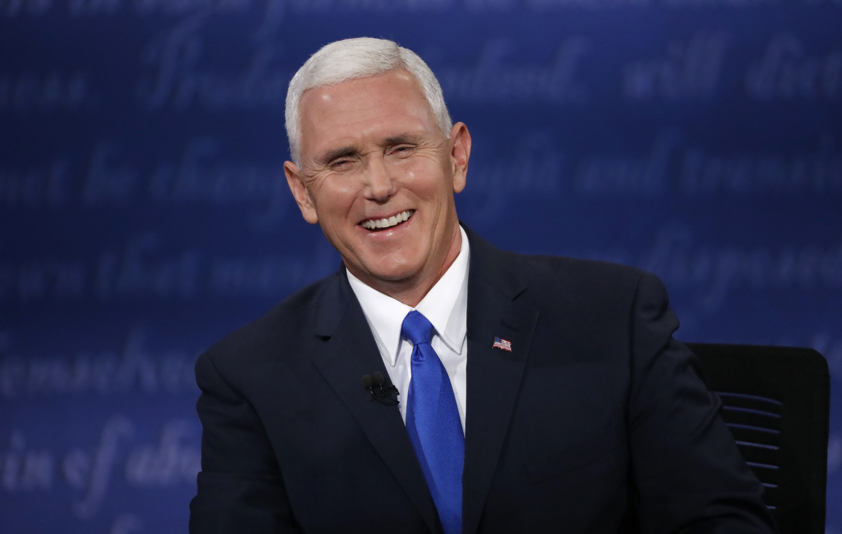 Pence to visit Mexico-California border with caravan of asylum-seekers nearby