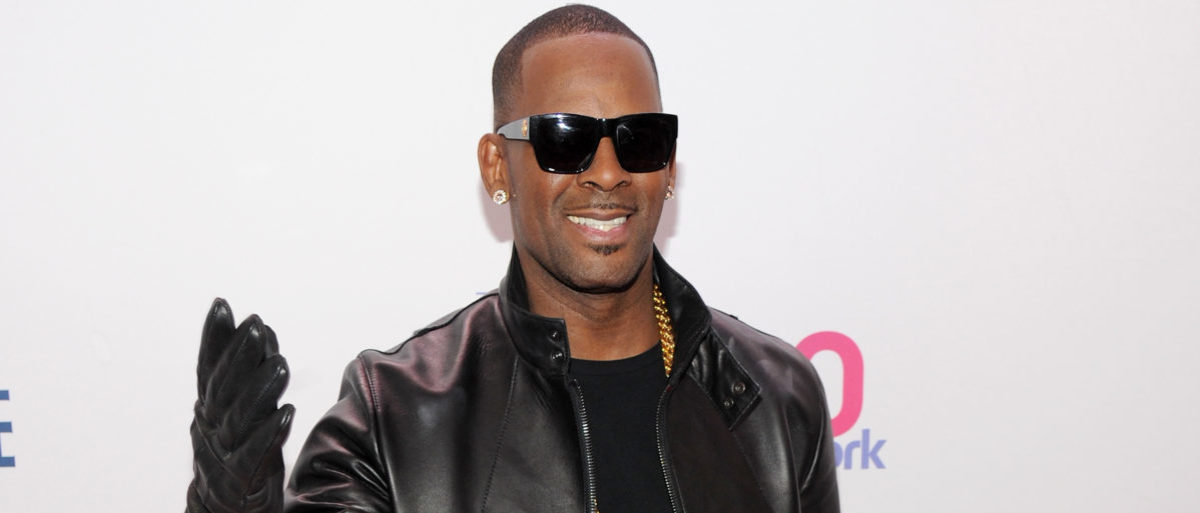 R. Kelly attends Z100?s Jingle Ball 2013, presented by Aeropostale, at Madison Square Garden on December 13, 2013 in New York City. (Photo by Bryan Bedder/Getty Images for Clear Channel)
