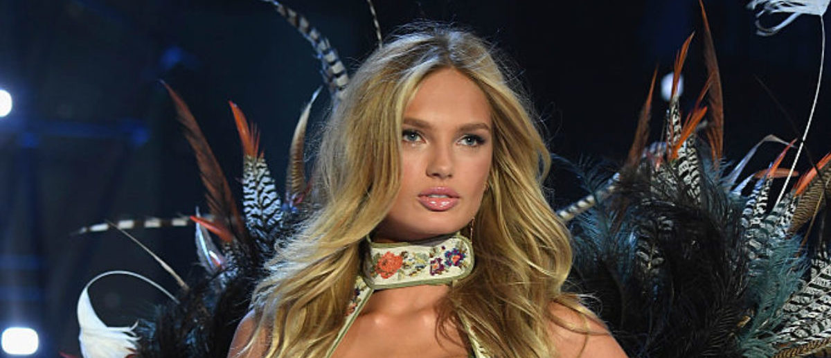 Romee Strijd walks the runway at the Victoria's Secret Fashion Show on November 30, 2016 in Paris, France. (Photo by Pascal Le Segretain/Getty Images for Victoria's Secret)