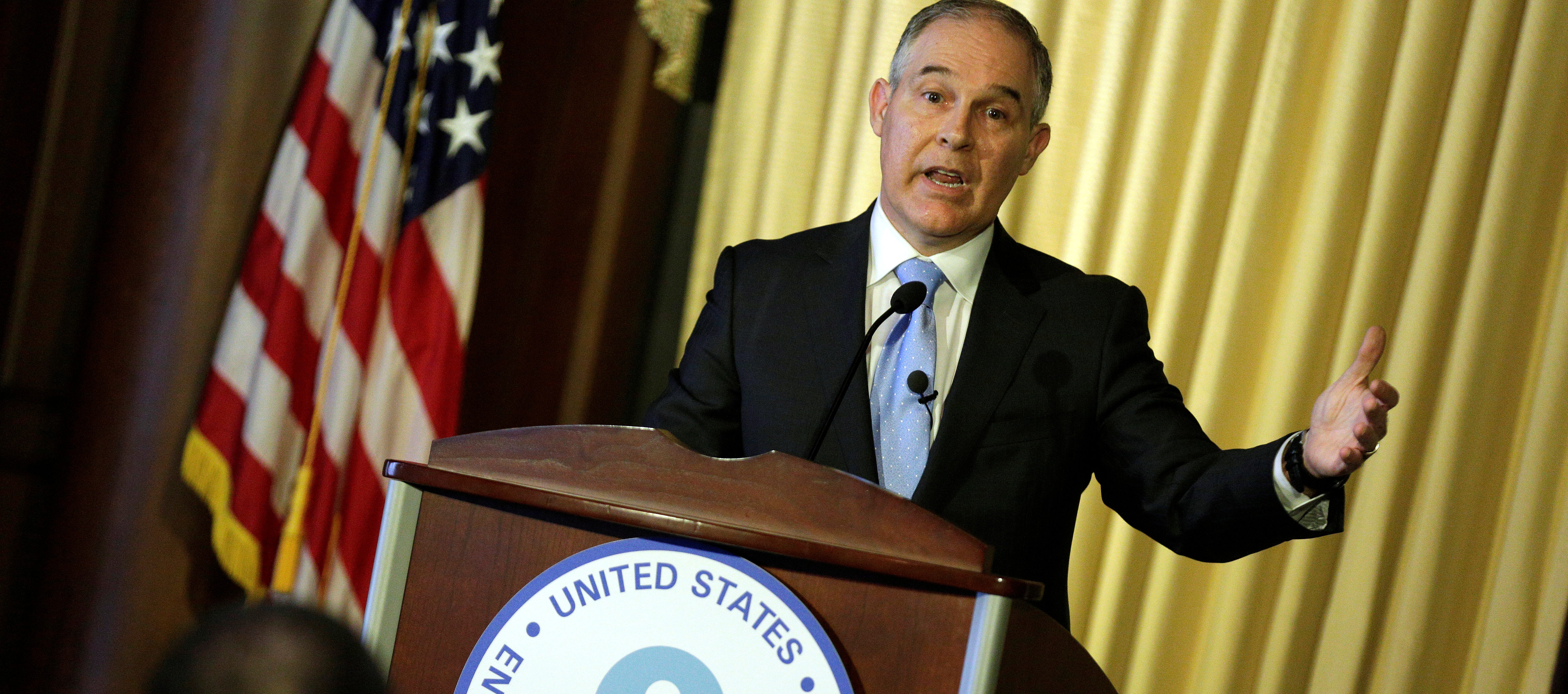 Scott Pruitt, administrator of the Environmental Protection Agency (EPA), speaks to employees of the agency in Washington, U.S., February 21, 2017.      REUTERS/Joshua Roberts - RC12C531A590