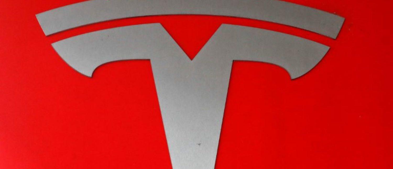The company logo is seen in front of a showroom of U.S. car manufacturer Tesla in Zurich, Switzerland March 28, 2018. REUTERS/Arnd Wiegmann