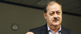 Republican candidate for U.S. Senate Don Blankenship speaks at a town hall meeting at West Virginia University on March 1, 2018 in Morgantown, West Virginia. (Photo by Spencer Platt/Getty Images)