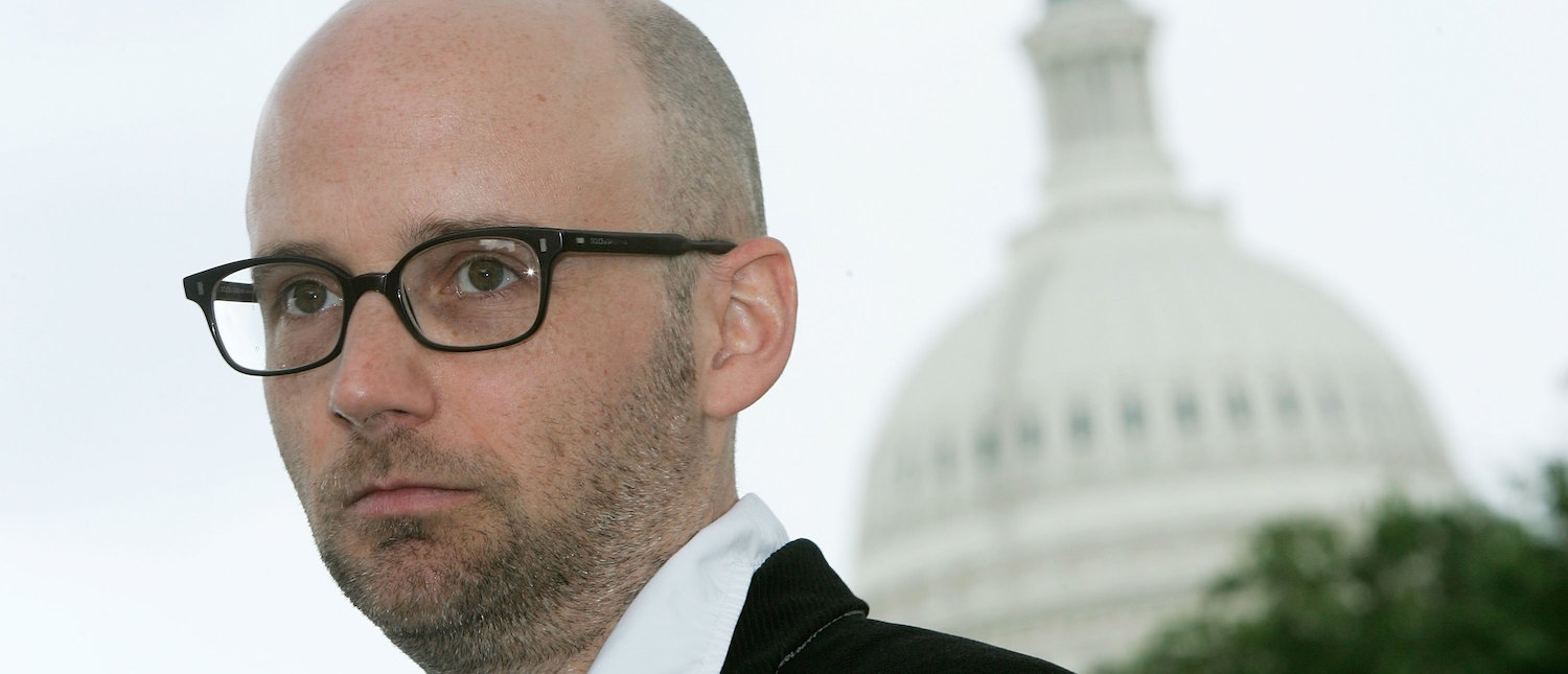 Musician Moby attends a news conference on Internet freedom May 18, 2006 on Capitol Hill in Washington, DC. Moby called on the Congress not to allow giant telecommunication companies like AT&T and Verizon to take over the Internet. (Photo: Alex Wong/Getty Images)