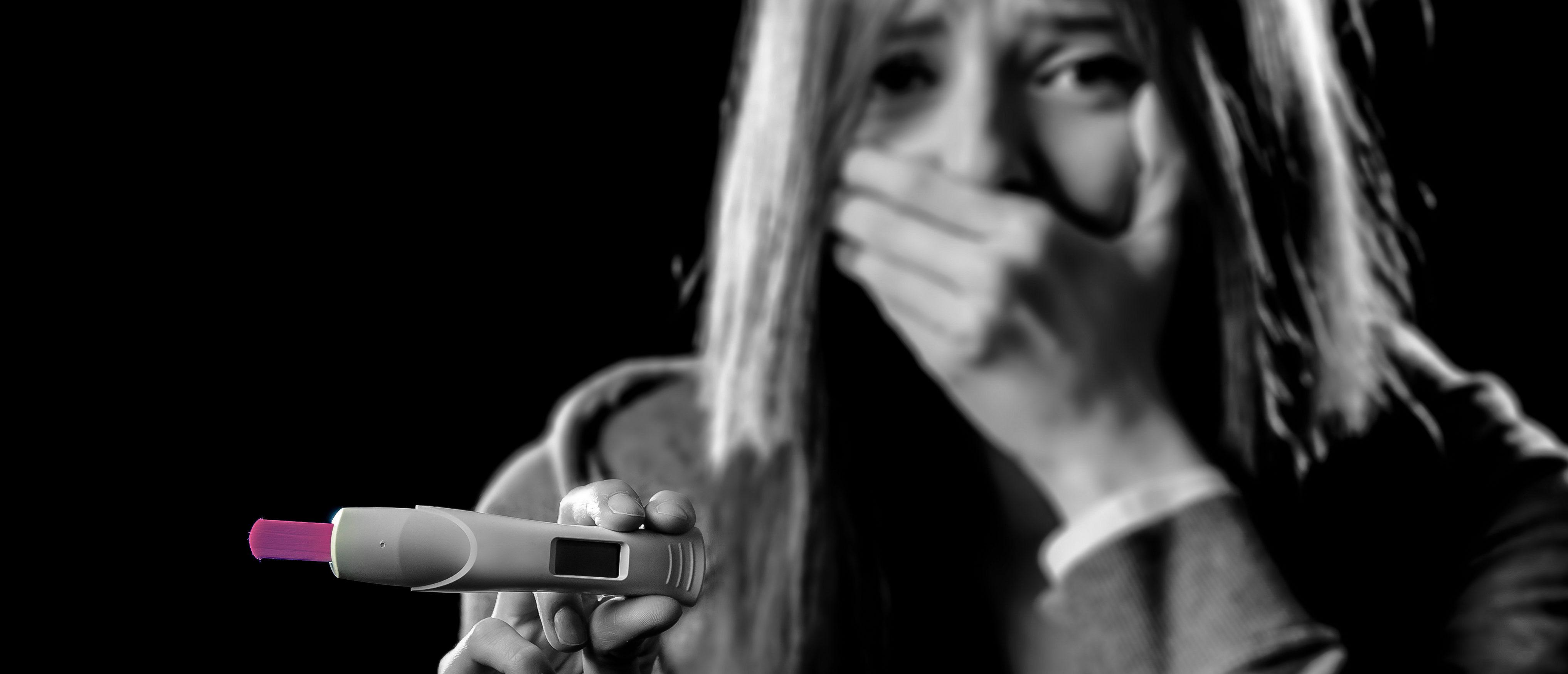 teen pregnancy test Shutterstock/Marcos Mesa Sam Wordley