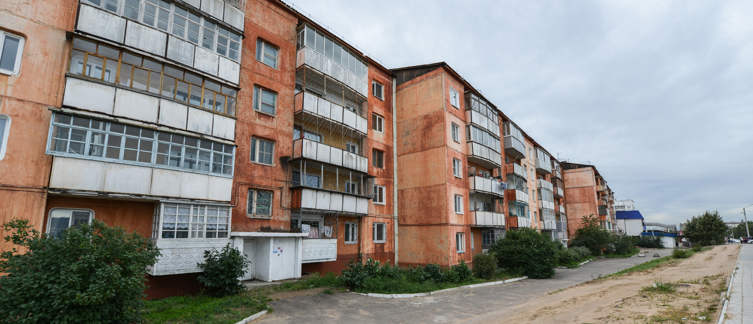 A Soviet Style Apartment Block, also know as Panel Buildings, in Russia. (Photo:Shutterstock/Felix Lipov)