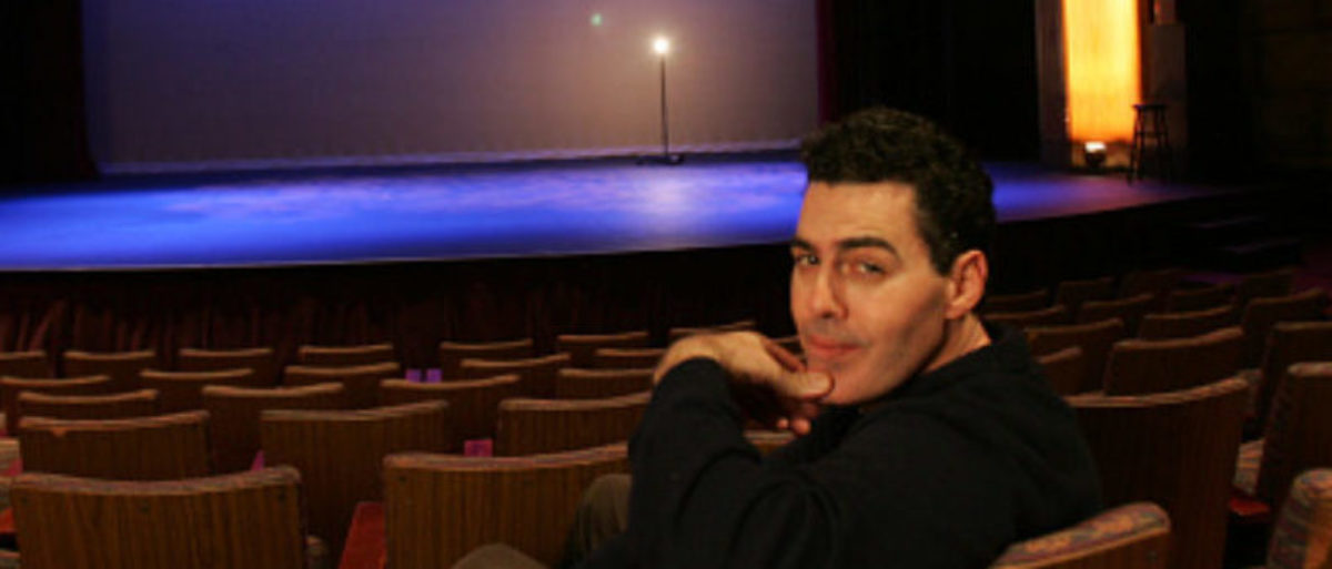 Comedian Adam Carolla at the El Portal Theatre on February 25, 2010. (Photo: Bob Chamberlin/Los Angeles Times via Getty Images) | SCOTUS Tosses Patent Troll's Lawsuit