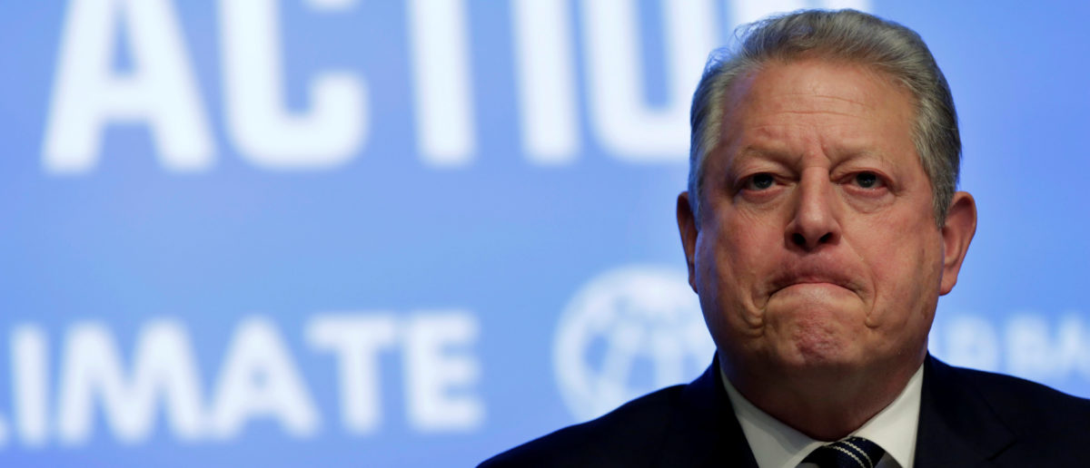 Former U.S. Vice President Al Gore attends Unlocking Financing for Climate Action session during the IMF/World Bank spring meetings in Washington, U.S., April 21, 2017. REUTERS/Yuri Gripas