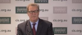 Alexander Downer Describes Barroom Meeting With Trump Adviser George Papadopoulos