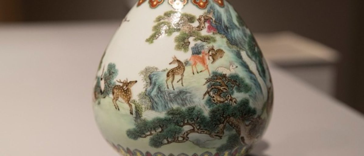 A rare Imperial Qianlong porcelain vase (18th century) is displayed at Sotheby's auction company in Paris, on May 22, 2018. - The vase, which was stored in a shoebox in an attic for decades, will be sold at Sotheby's Paris on June. (THOMAS SAMSON/AFP/Getty Images)
