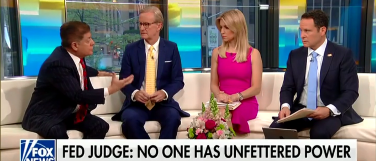 Judge Andrew Napolitano Predicts Paul Manafort Will Not Turn On Trump Despite Mueller's Bribe - Fox & Friends 5-8-18 (Screenshot/Fox News)